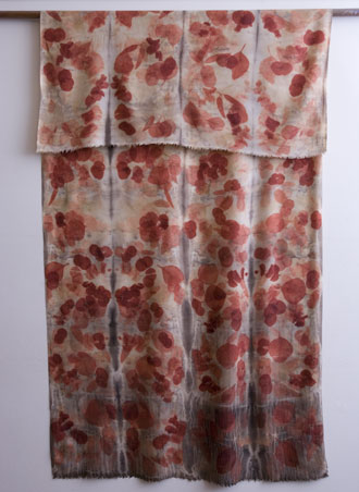 handspun lambswool ecoprint/shibori dyeing - eucalyptus cinnerea leaf and iron